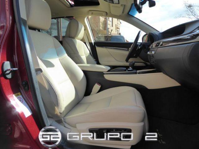 Foto 12 Lexus GS 300h Executive 164 kW (223 CV)