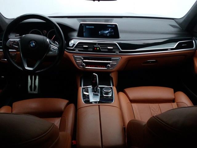fotoG 6 del BMW Serie 7 740d xDrive 235 kW (320 CV) 320cv Diésel del 2016 en Albacete