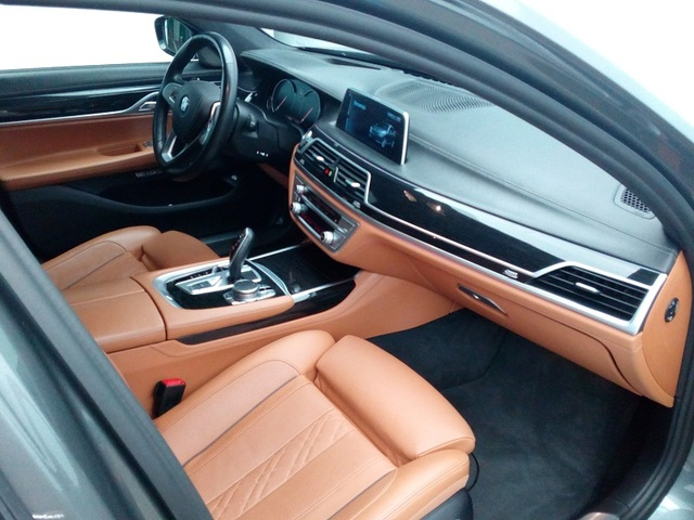 fotoG 7 del BMW Serie 7 740d xDrive 235 kW (320 CV) 320cv Diésel del 2016 en Albacete