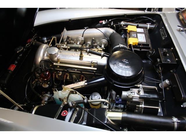 Mercedes Benz 190 SL 77 kW (105CV)