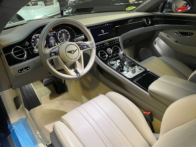 Bentley Continental GT GT W12 Coupe 467 kW (635 CV)