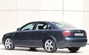 Audi A4 2.5 TDI quattro 132kW (180CV) de ocasion en Barcelona