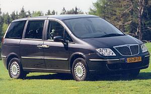 Lancia Phedra 2.0 16v JTD Executive 100 kW (136 CV)