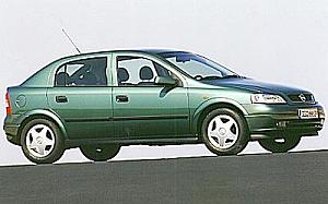 Opel Astra 2.0 DTI 16V COMFORT de ocasion en Madrid