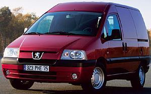 Peugeot Expert Combi 2.0 HDI 5 220C Confort 81kW (110CV)  de ocasion en Asturias
