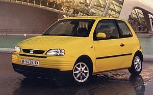SEAT Arosa 1.0 Select 37 kW (50 CV)  de ocasion en Cáceres