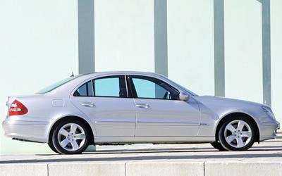 Foto 3 Mercedes-Benz Clase E E 270 CDI Classic 125 kW (170 CV)