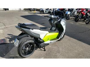 Foto 3 de BMW Motorrad EVOLUTION 48CV